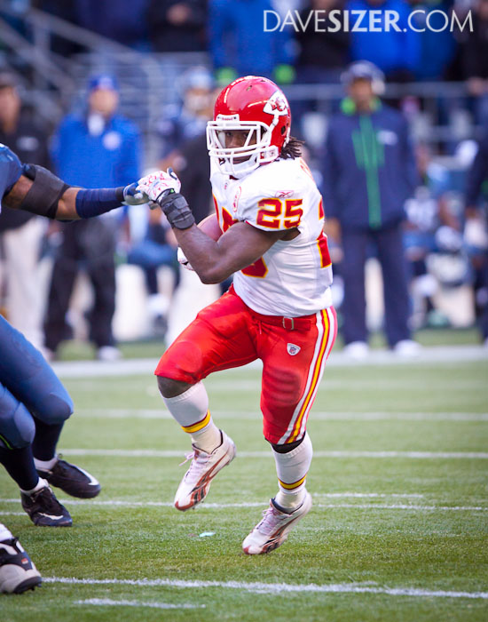 Jamaal Charles has a huge day rushing for the Chiefs with 173 yards.