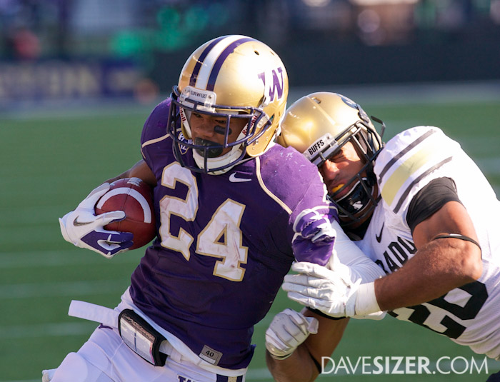 Jessie Callier reaches the endzone for his first Husky TD.