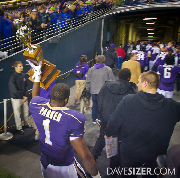 Sean Parker takes the trophy to the locker room.