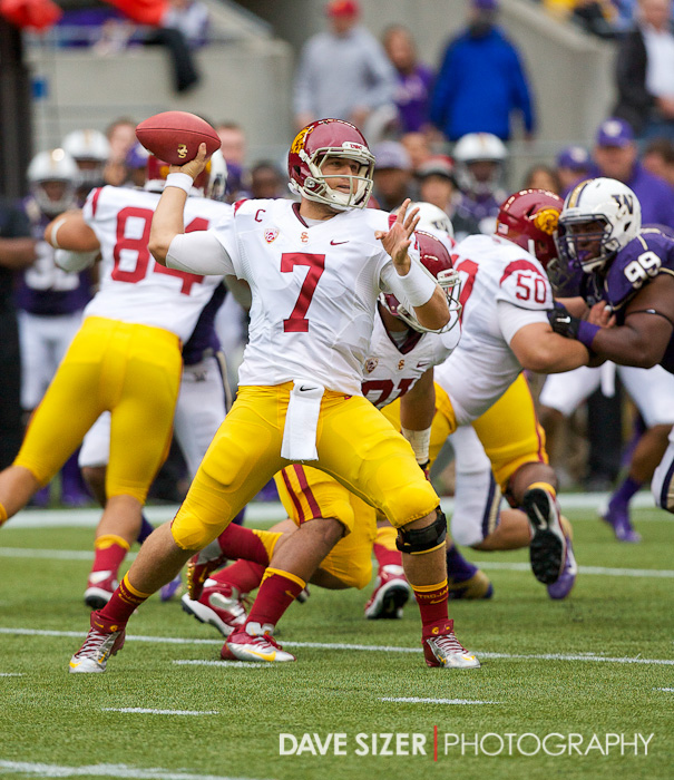 USC QB Matt Barkley gets off a pass.