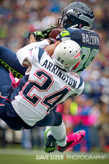 Seahawks WR Doug Baldwin outleaps Kyle Arrington for a touchdown grab.