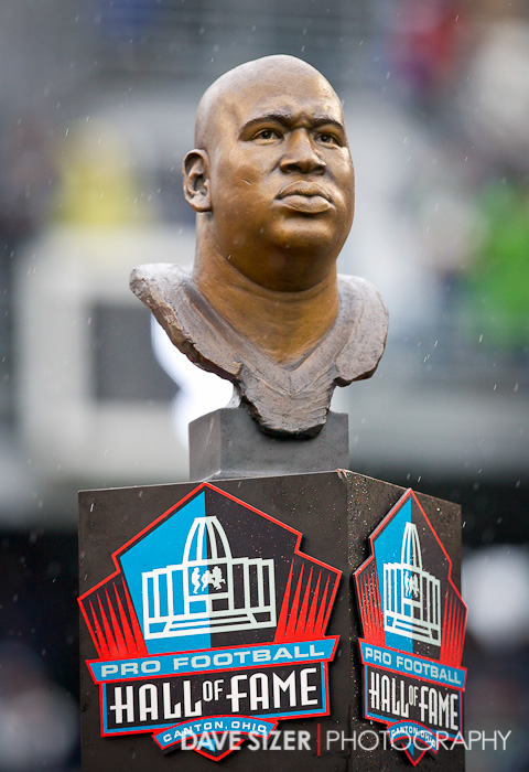 At halftime the Seahawks honored Hall of Famer Cortez Kennedy by retiring #96.