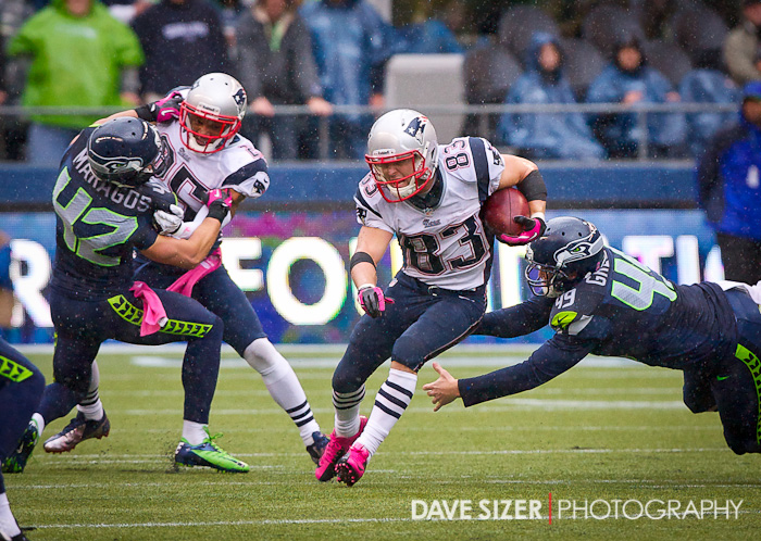 Patriots WR Wes Welker eludes a takle on a kick return.
