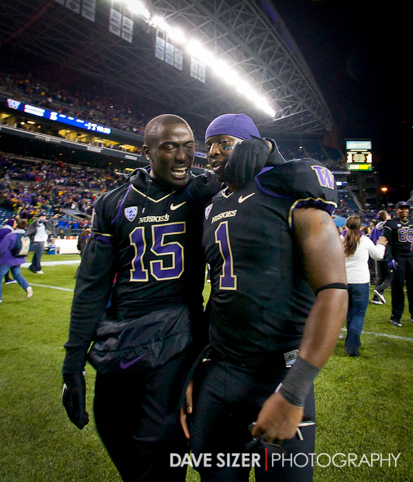 Sean Parker gets congratulated by teammate Antavius Sims.