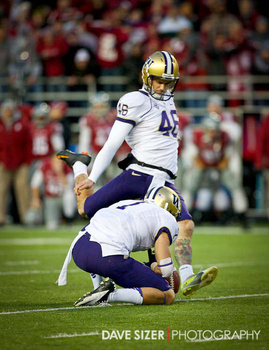 Travis Coons tries a 35 yard field goal…