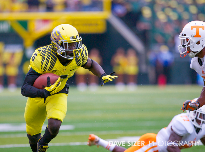 De'Anthony Thomas looks ahead for the next obstacle in his path.