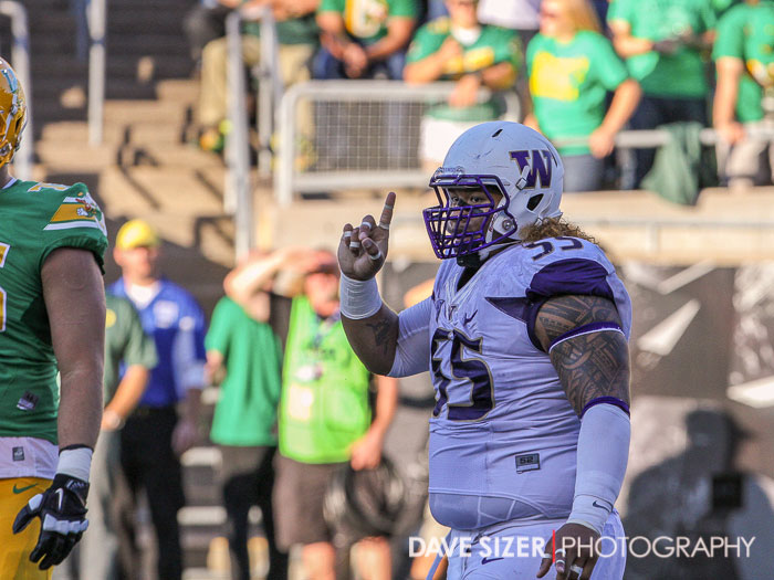 Danny Shelton with the finger wag after a sack.