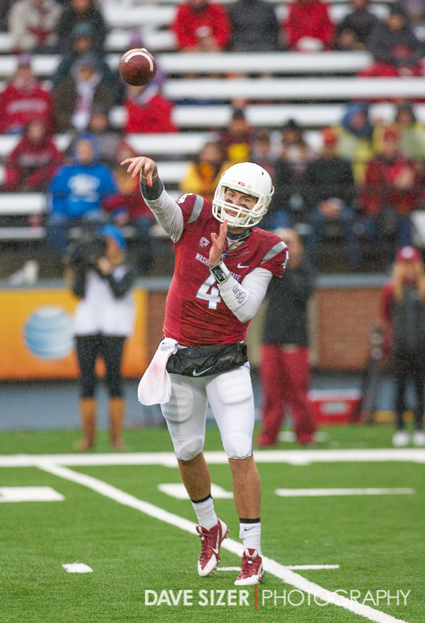 Backup QB Luke Falk stepped in to the starting duties with the injury to Halliday.