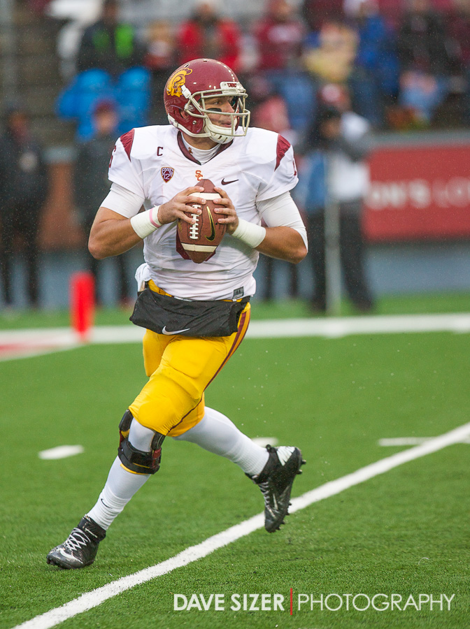 Cody Kessler sets up to pass.