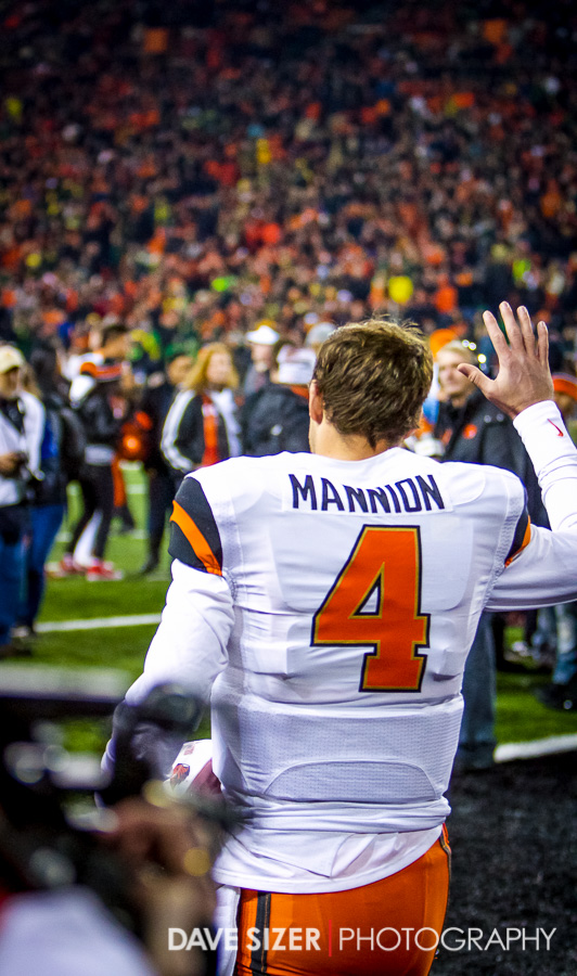 Sean Mannion takes the field for the last time as a Beaver.