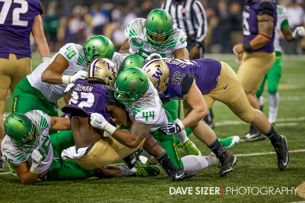 Lavon Coleman gets stuffed by the Ducks.