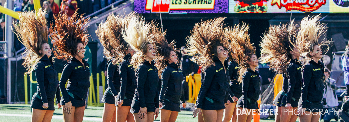 The Ducks cheerleaders are electrifying!
