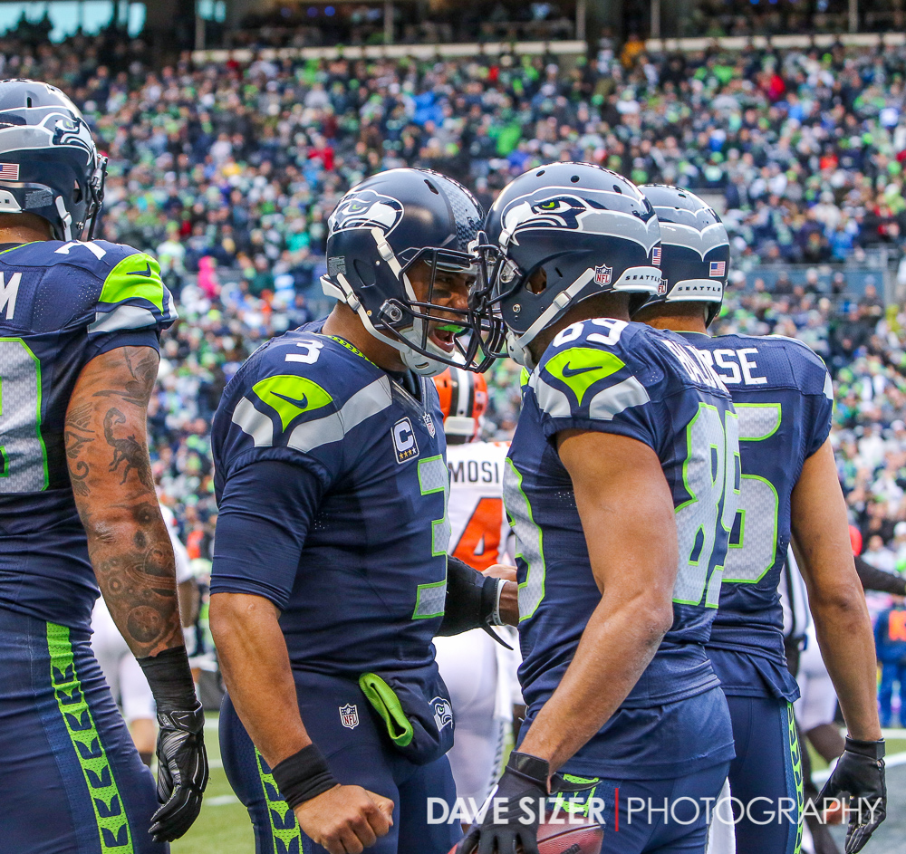 Russell Wilson and Doug Baldwin celebrate after a TD.