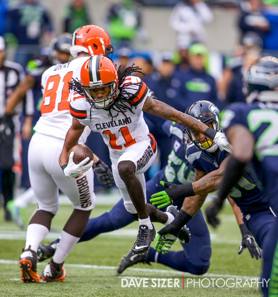 Browns WR Travis Benjamin busts through the defense.