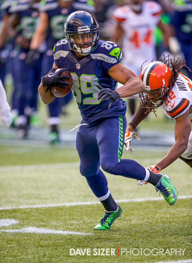 Doug Baldwin looks for yards after the catch.