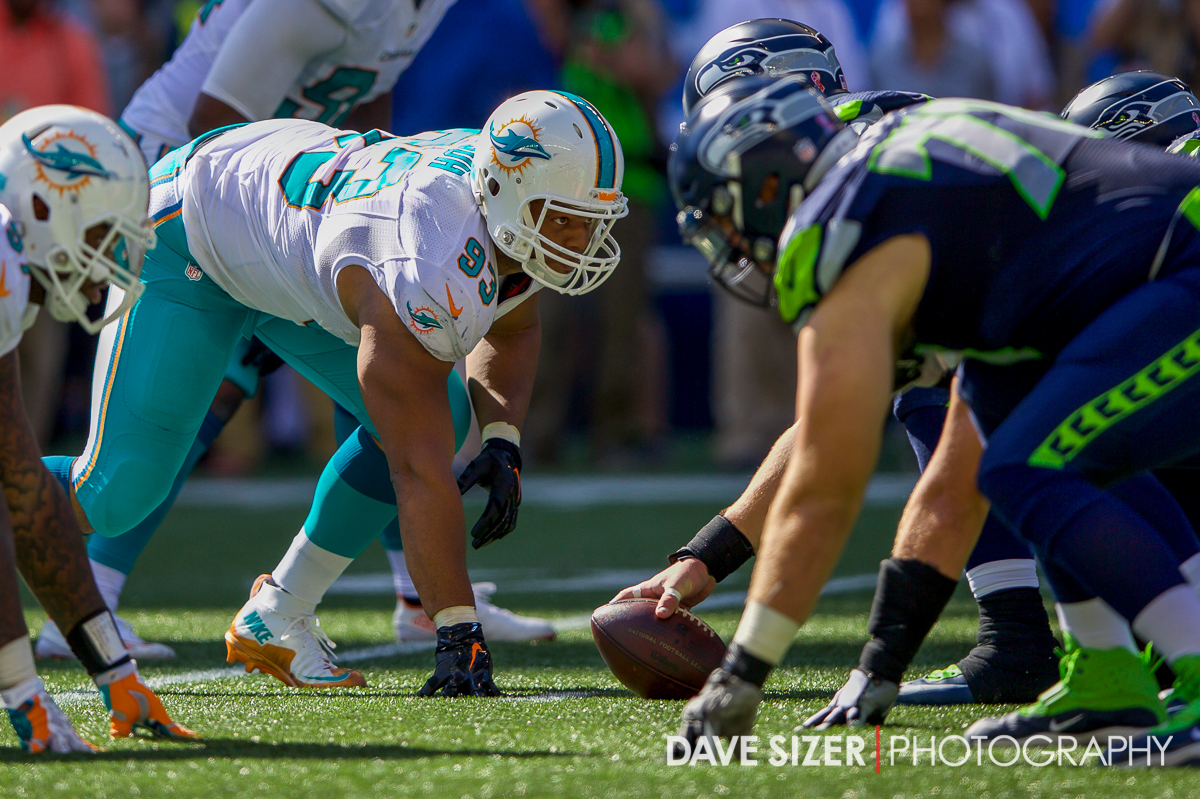 Ndamukong Suh eyes the offensive line.