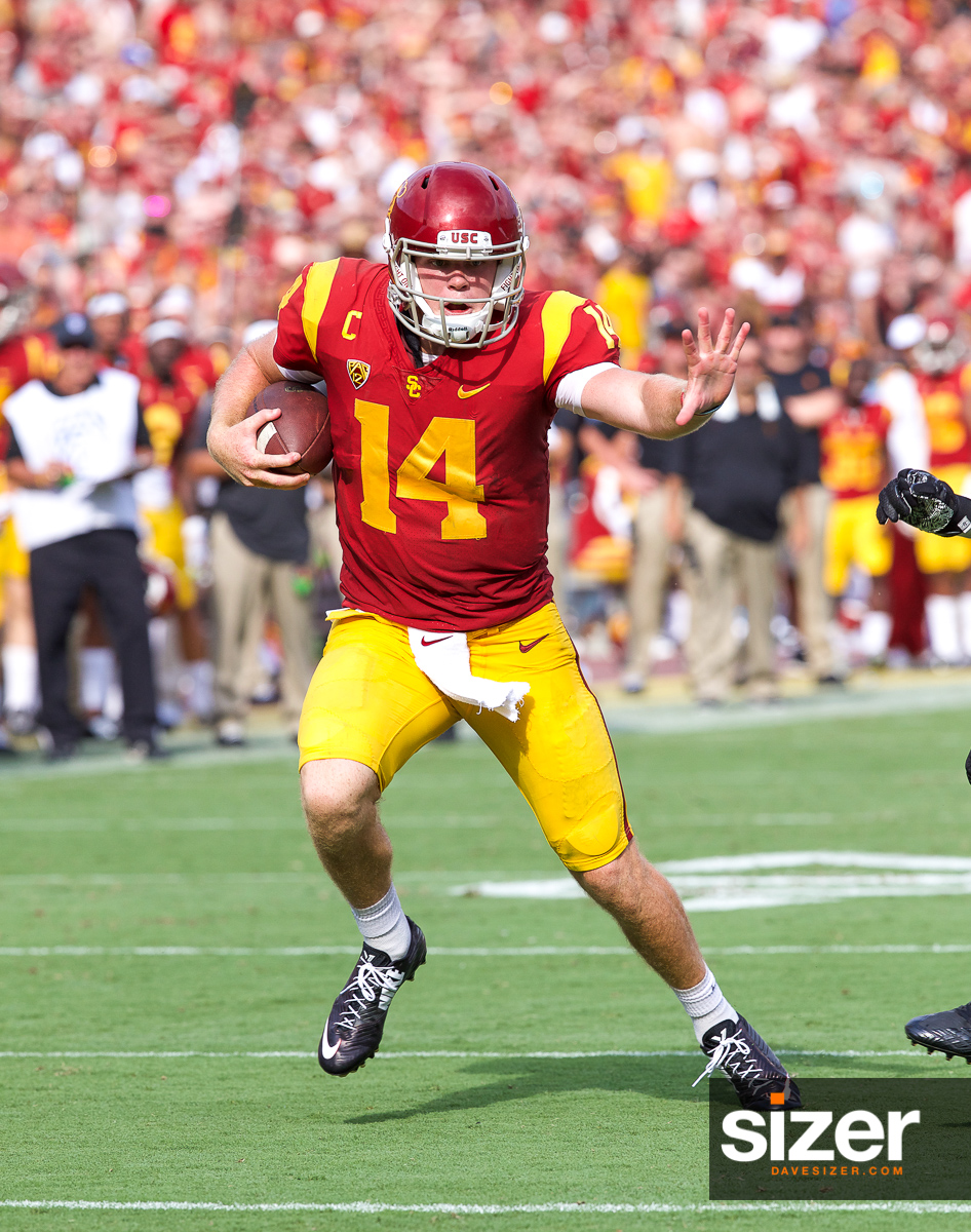 Sam Darnold runs to the end zone for a score. Is that a Heisman pose?